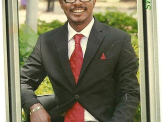 See the shocking tributes University Students give to Sex for grades lecturer who died -[Screenshots]